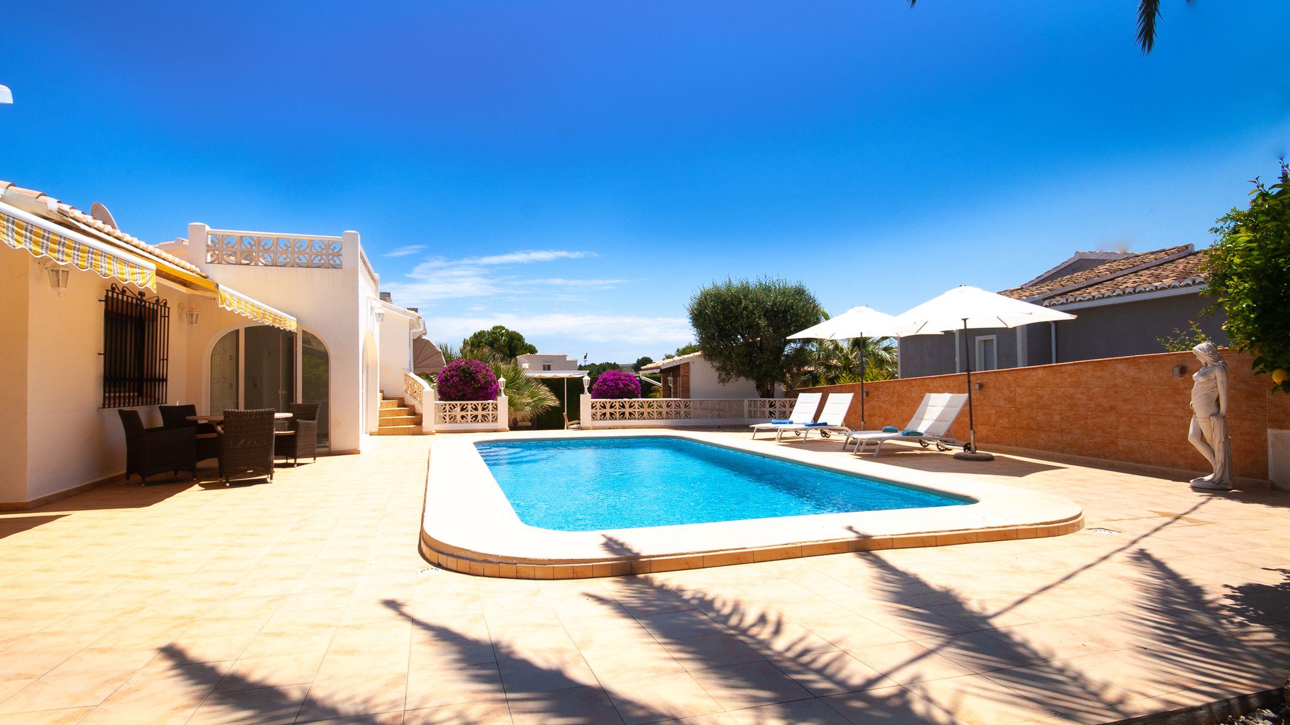Ferienhaus mit Pool in Denia